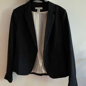 One button black blazer